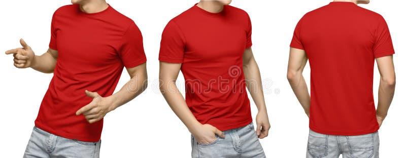 T-skjortan, framdelen och baksida för ung manlig blanko beskådar den röda, isolerad vit bakgrund Planlägg den mantshirtmallen och royaltyfri bild