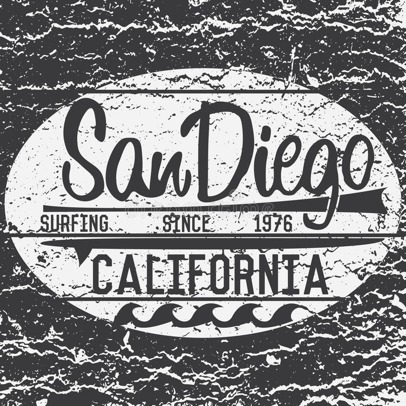 T-tröjaprintingdesign, för Kalifornien San Diego för etikett för Applique för emblem för illustration för vektor för typografidia vektor illustrationer