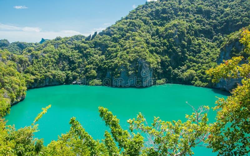 Ta Le Nai Lagoon in Mae Koh Island, AngThong Nationale Marine Park royalty-vrije stock afbeelding