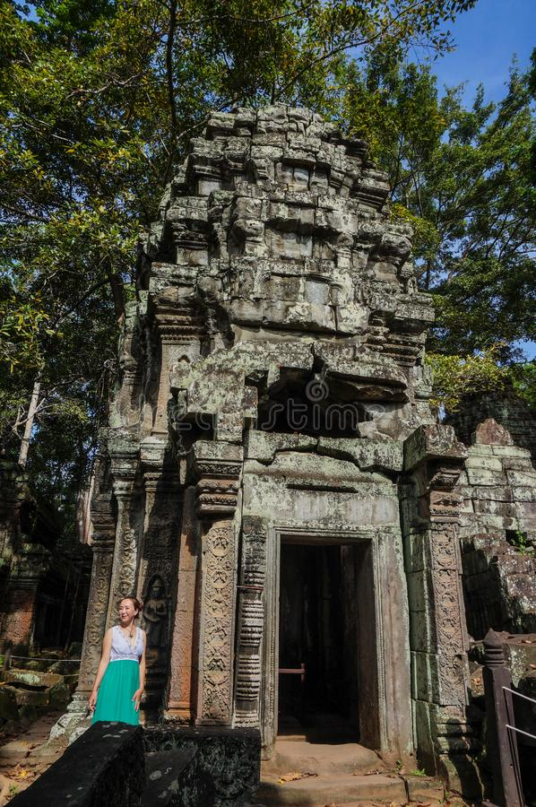 Ta Prohm, een complexe deel van Khmer tempel, Azië De stad in van Siem oogst, Kambodja Oude Khmer architectuur in wildernis royalty-vrije stock afbeelding
