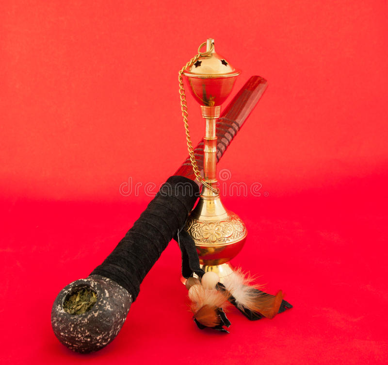 Download Tabacco Rohr und Huka stockbild. Bild von arabisch, hölzern - 27725731