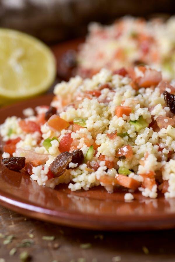 Tabbouleh, типичный салат араба levantine стоковые изображения rf