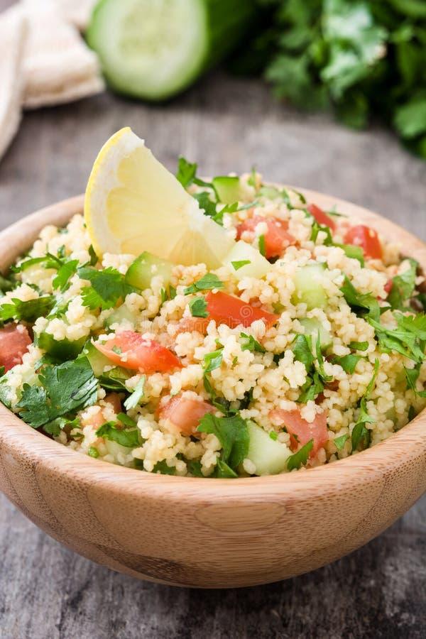 Download Tabbouleh Sallad Med Couscous Och Grönsaker Arkivfoto - Bild av grönsaker, gurka: 78729082
