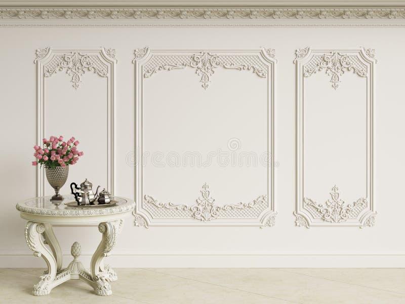 Tabela barroco clássica com grupo de café e ramalhete das rosas no interior clássico ilustração stock