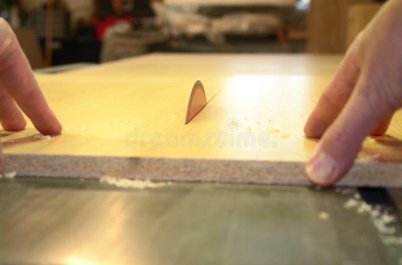A tabela da estaca da carpintaria viu foto de stock royalty free