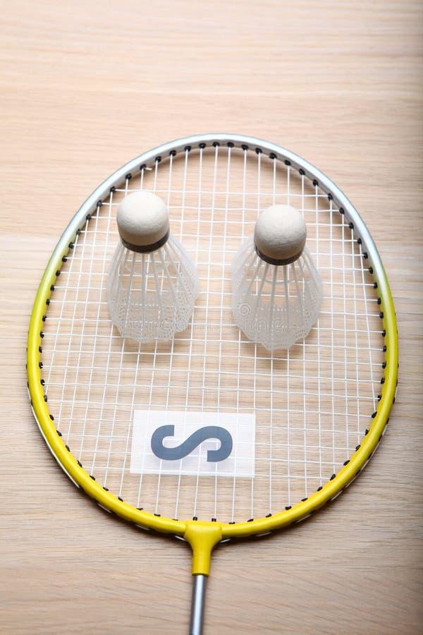 Tabela do foguete do badminton ninguém imagem de stock