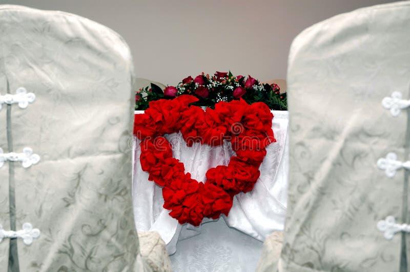 Download Tabela ślub zdjęcie stock. Obraz złożonej z łęki, prezent - 1512096