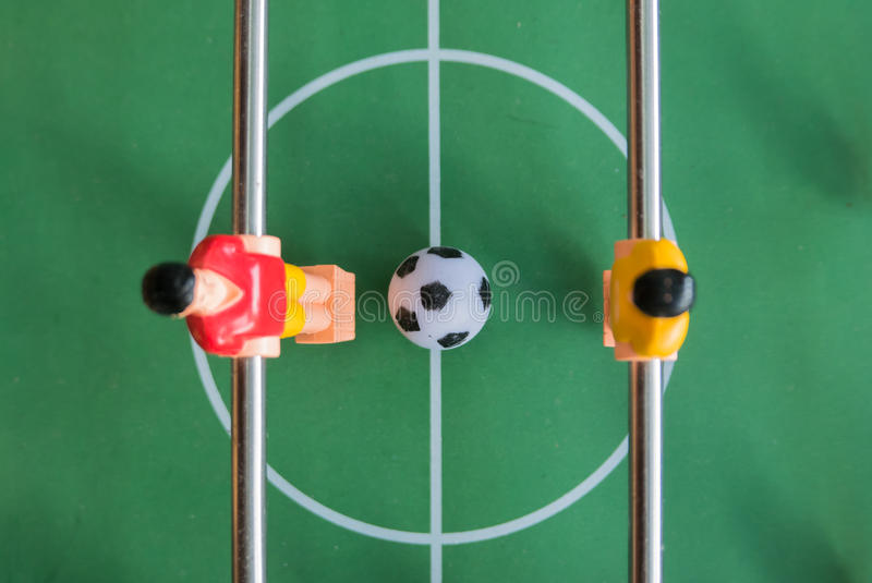 Tabele o jogo de futebol imagem de stock royalty free