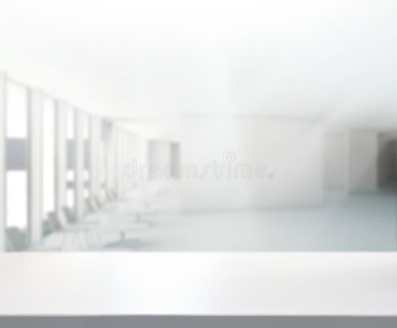 Tabellöverkant och suddighetskontorsbakgrund royaltyfri fotografi