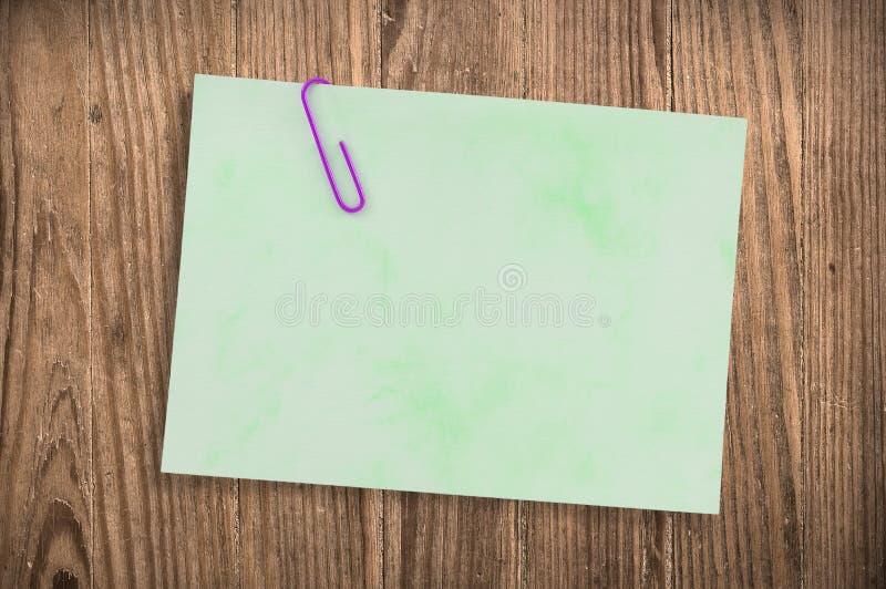 tabell för paper bana för clippingnoteon gammal arkivbilder