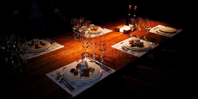 Tabell för vinprov arkivfoton