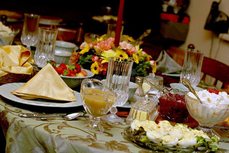 Tabella del pasto di festa immagine stock