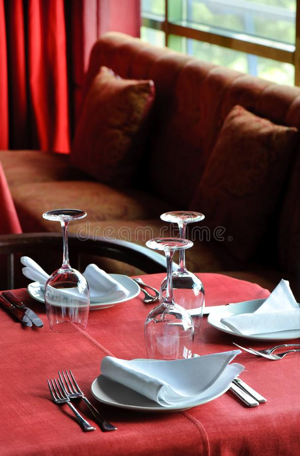 Tavola del ristorante fotografia stock libera da diritti