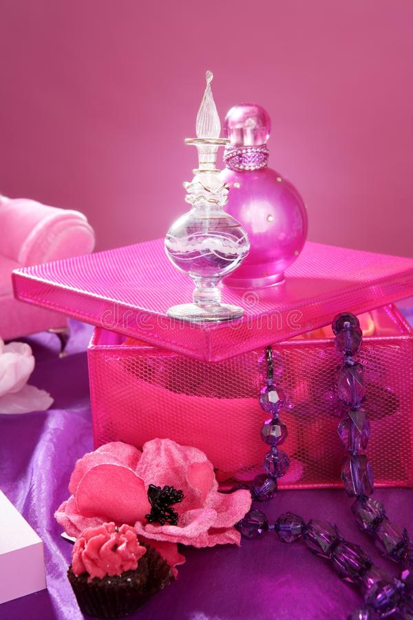 Tabella di preparazione di vanità di trucco di modo di stile di Barbie fotografia stock libera da diritti