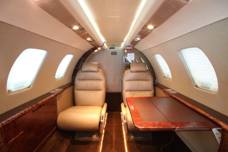 Tabella di sinistra della parte posteriore della cabina del jet di piccola impresa fotografia stock