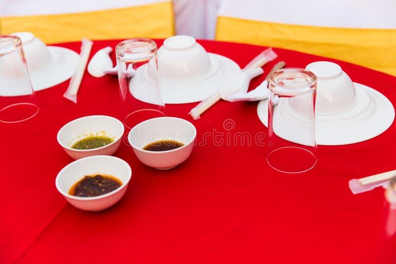 Tabelle des chinesischen Lebensmittels in der Hochzeit lizenzfreies stockfoto