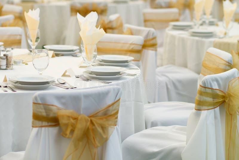 Tabelle eingestellt für Hochzeit stockfotos