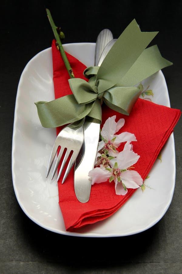 Tabelle legte für ein romantisches Abendessen stockbild