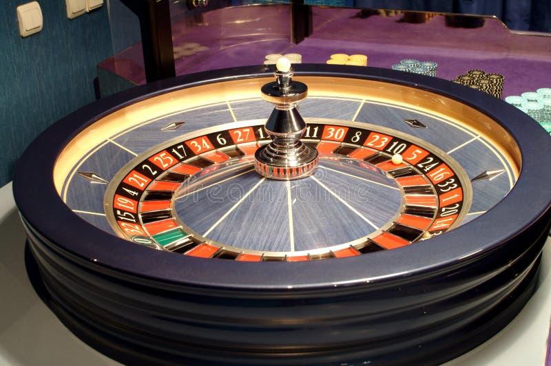 Tabellen-Roulette lizenzfreie stockfotografie