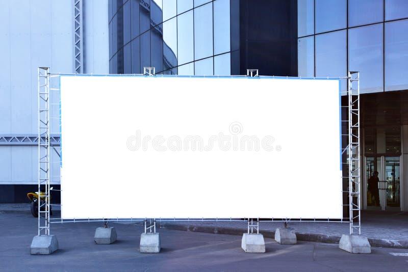 Tabellone per le affissioni in bianco del tessuto fotografia stock