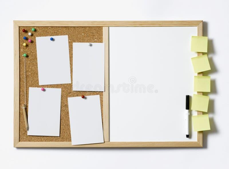 Download Tablón De Anuncios En Blanco Imagen de archivo - Imagen de comunicación, negocios: 44850773
