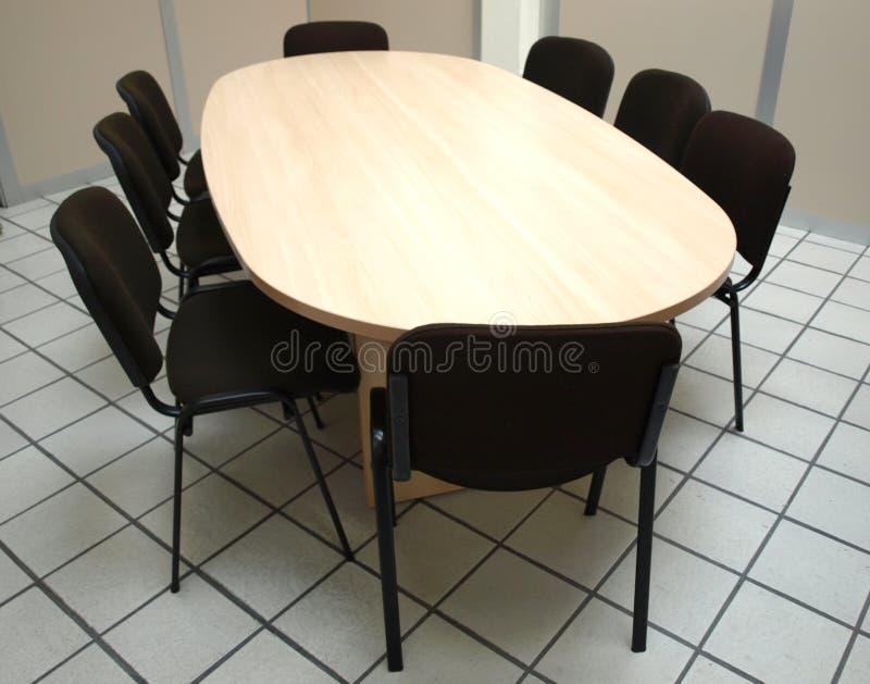 tabl конференц-зала стоковое изображение