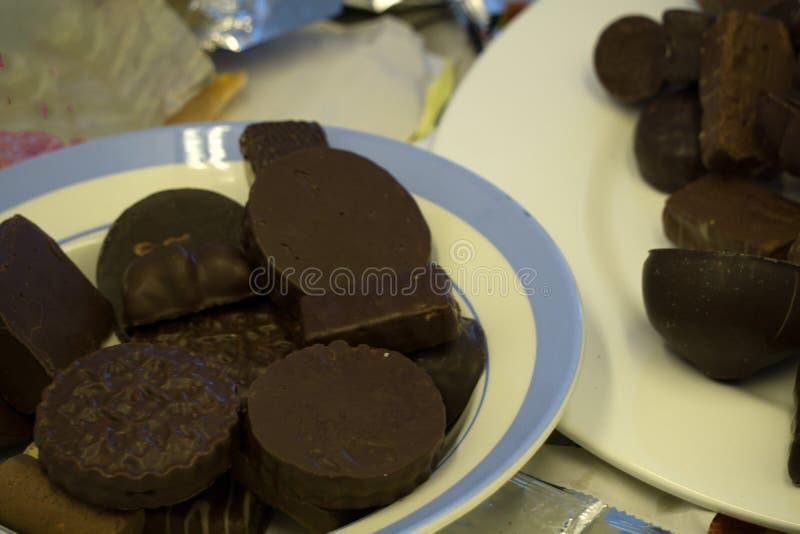 Tabla cuadrada romántica del cacao del caramelo de chocolate del chocolate, fotos de archivo