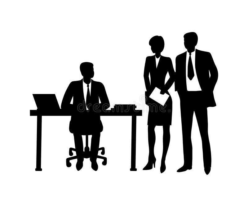 Tabla que se sienta del hombre de negocios con el ordenador, hablando con los compañeros de trabajo stock de ilustración