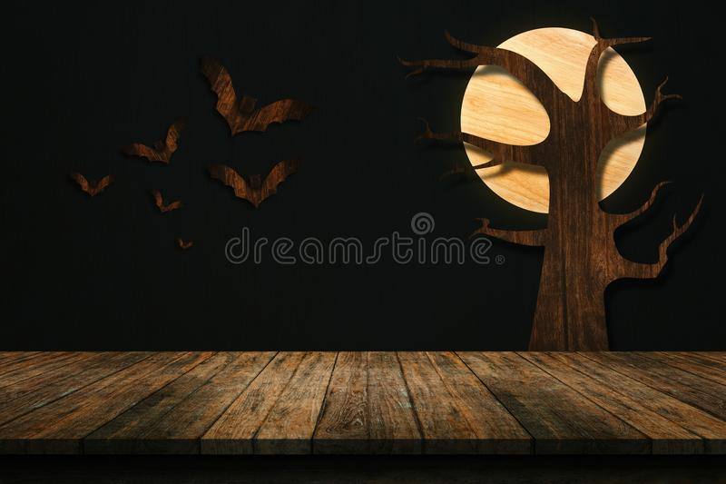 Tabla vieja de madera aislada en el fondo blanco Para su producto foto de archivo libre de regalías