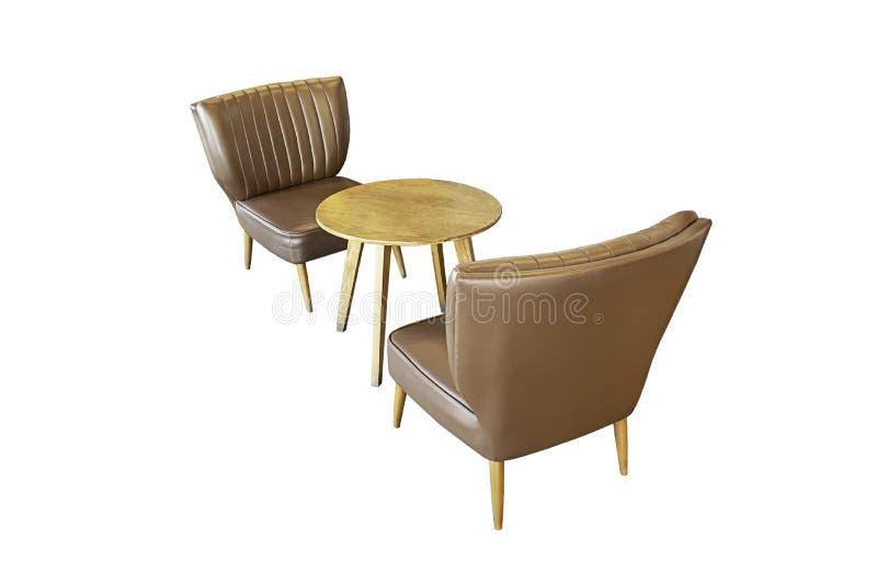 Tabla y sofá de madera aislados de la silla, vintage hermoso en un fondo blanco con la trayectoria de recortes fotos de archivo