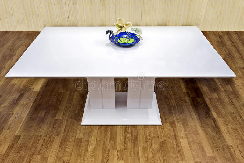 Table blanche photo stock