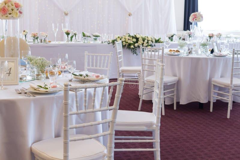 Table de fantaisie mise pour un mariage photo libre de droits