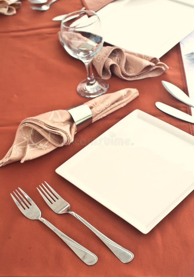 Table de mariage mise pour diner fin photographie stock
