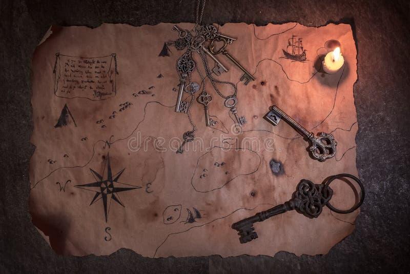 Table de pirate, intérieur de cabine de capitaine photo libre de droits