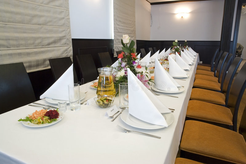 Table de restaurant images stock