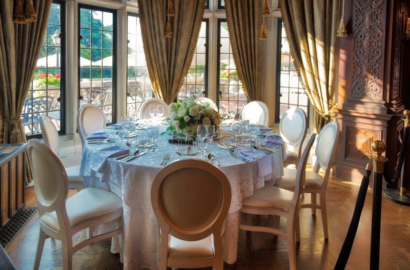 Table de salle à manger à la maison Loma Toronto photographie stock