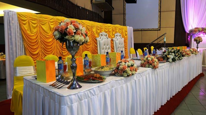 Table de salle à manger malaise de luxe de mariage photographie stock