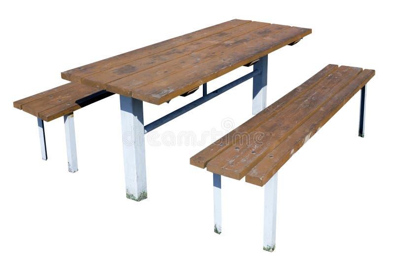 Table et bancs extérieurs d'été photos libres de droits