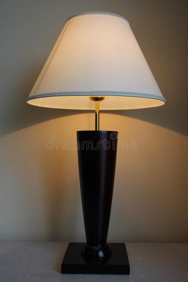 Free Table Lamp Royalty Free Stock Photography - 32824557