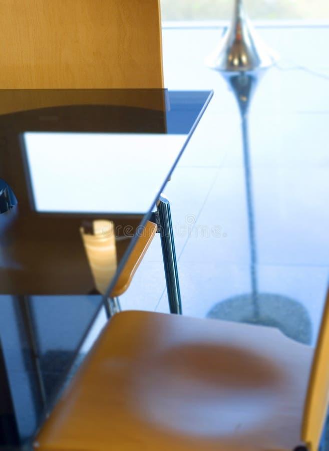 Table moderne de bureau photo libre de droits