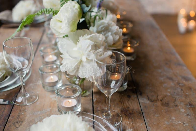 Table rustique de mariage image stock