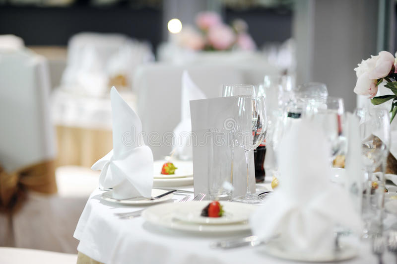 Download Table Set For An Event Party Stock Image - Image: 20586127