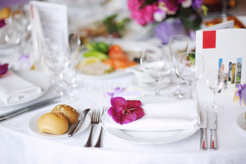 Download Table Set For An Event Party Stock Image - Image: 20639017