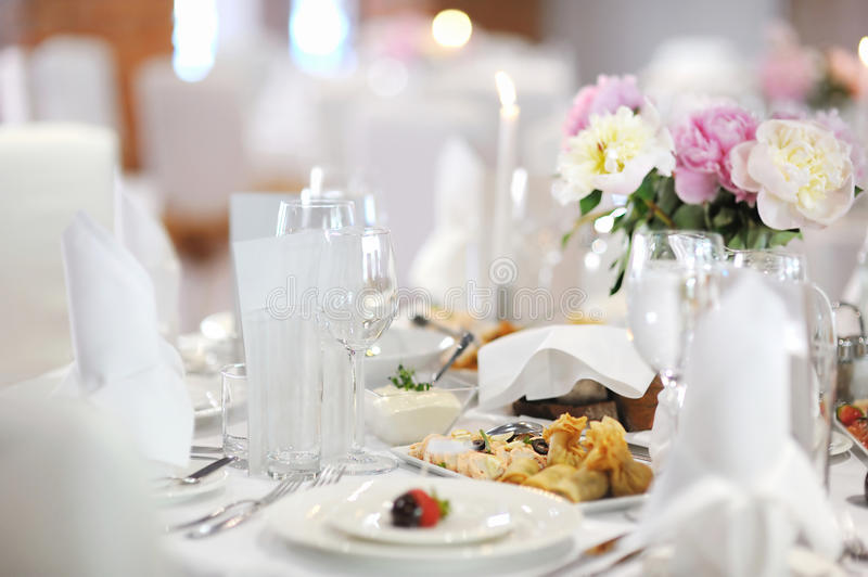 Download Table Set For An Event Party Royalty Free Stock Photos - Image: 20693138