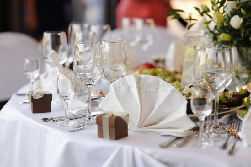 Download Table Set For A Festive Party Or Dinner Stock Photo - Image: 11635378