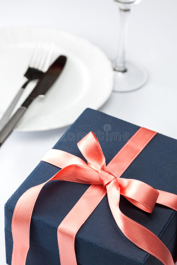 Download Table Setting With Festive Gift Stock Photo - Image: 29253138