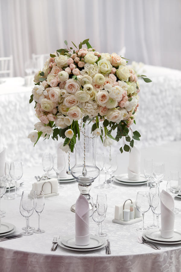 Download Table Setting At A Luxury Wedding Reception. Beautiful Flowers On The Table. Stock & Table Setting At A Luxury Wedding Reception. Beautiful Flowers On ...