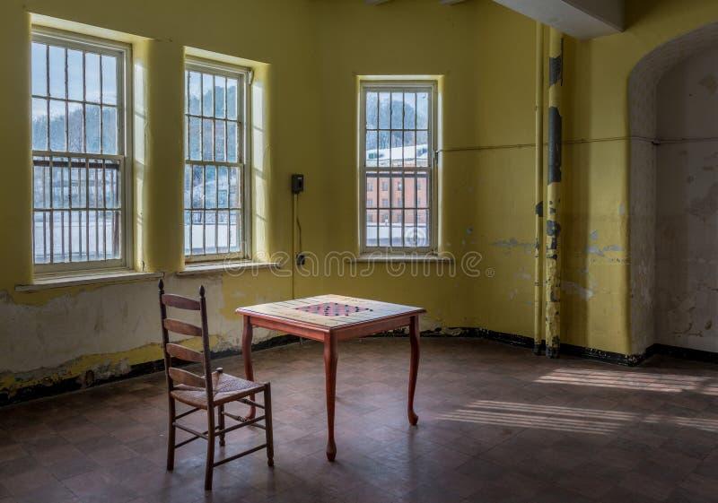 Table vide de jeu à l'intérieur de l'asile transport-Allegheny fol images stock