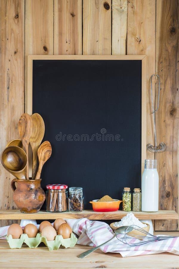 Tableau avec des ingrédients de l'espace et de pâtisserie de copie photos stock