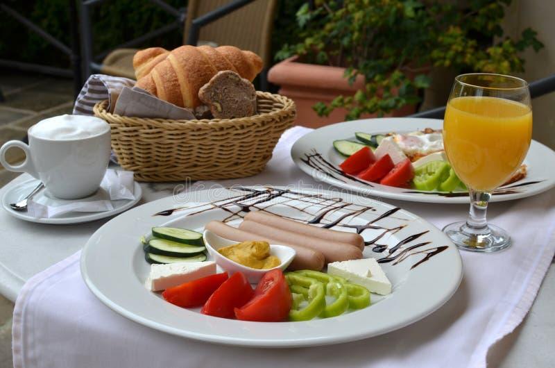 Tableau avec Rich Breakfast image stock